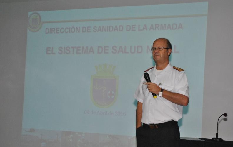Director de Sanidad de la Armada se reunió con alumnos del área de la Academia Politécnica Naval