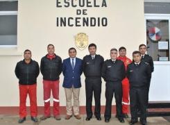 INTEGRANTES DE LA ESCUELA DE INCENDIO APOLINAV SE PERFECCIONAN.
