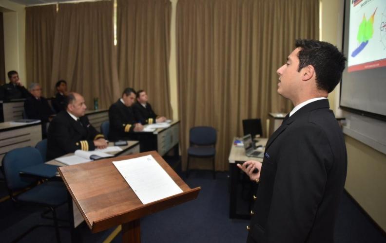 APOLINAV FINALIZÓ PRIMERA ETAPA DE LOS TRABAJOS DE TITULACIÓN DE OFICIALES ALUMNOS.