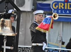 """APOLINAV en el desfile de los establecimientos porteños a los """"Héroes de Iquique"""""""
