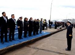 Estudiantes de Viña del Mar homenajearon a las Glorias Navales