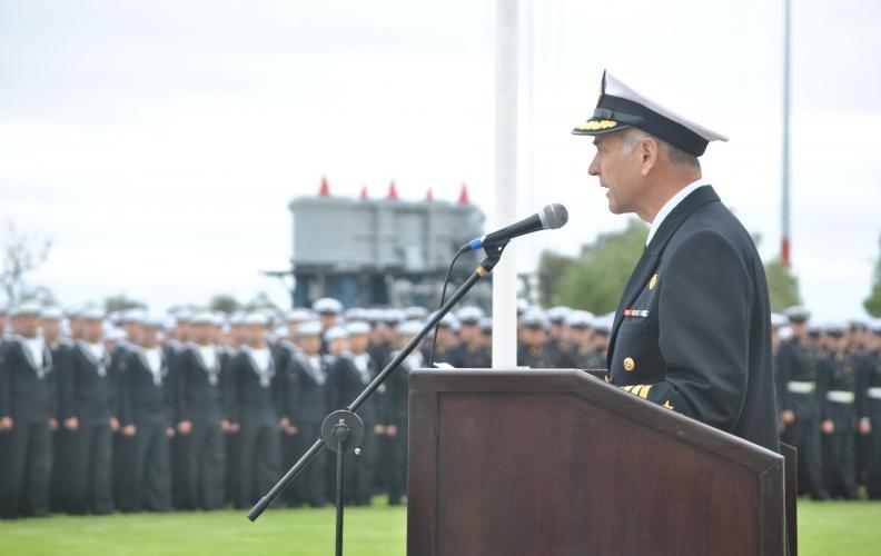Academia Politécnica Naval realizó ceremonia militar interna en homenaje a las Glorias Navales