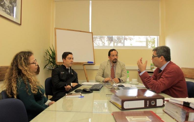 REPRESENTANTE DEL MINISTERIO DE EDUCACIÓN REVISÓ PROYECTOS ADJUDICADOS POR APOLINAV.