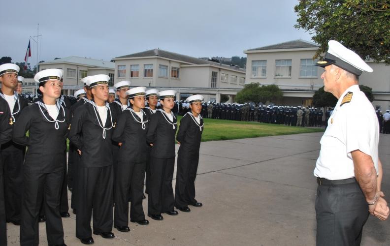 Academia Politécnica Naval recibió al Curso de Sanidad Naval 2016.