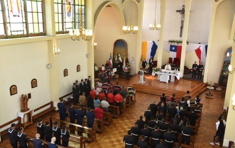 DELEGACIÓN DE LA APOLINAV PARTICIPÓ EN MISA DE CONMEMORACIÓN DE LA INDEPENDENCIA DE CHILE.