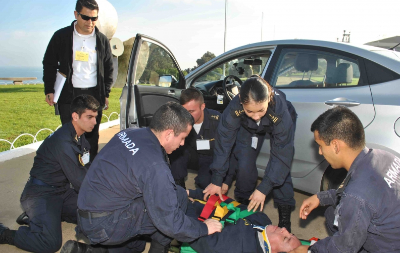 División de Instrucción y Simulación Médica de la APOLINAV prepara a sus alumnos de Sanidad.