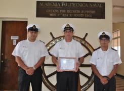 """Academia Politécnica Naval obtuvo el Segundo lugar en """"La batalla de las Energías""""."""