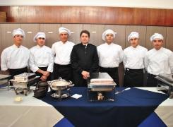 Alumnos FACh de la Academia Politécnica Naval realizan degustación etapa  práctica.