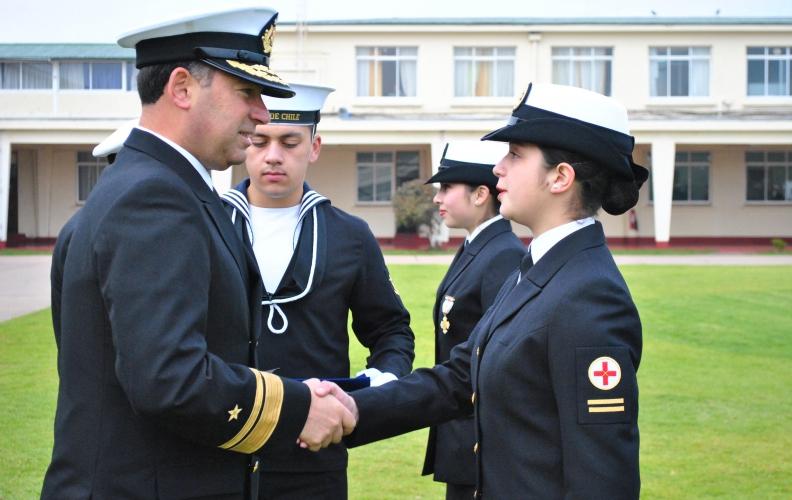 Ceremonia de Graduación y Juramento a la Especialidad de los cursos de Sanidad Naval y Dental.