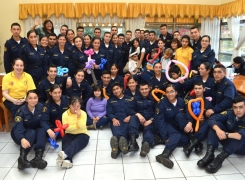 INTEGRANTES DE LA PASTORAL DE LA APOLINAV VISITARON EL CENTRO DE REHABILITACIÓN DALEGRÍA.